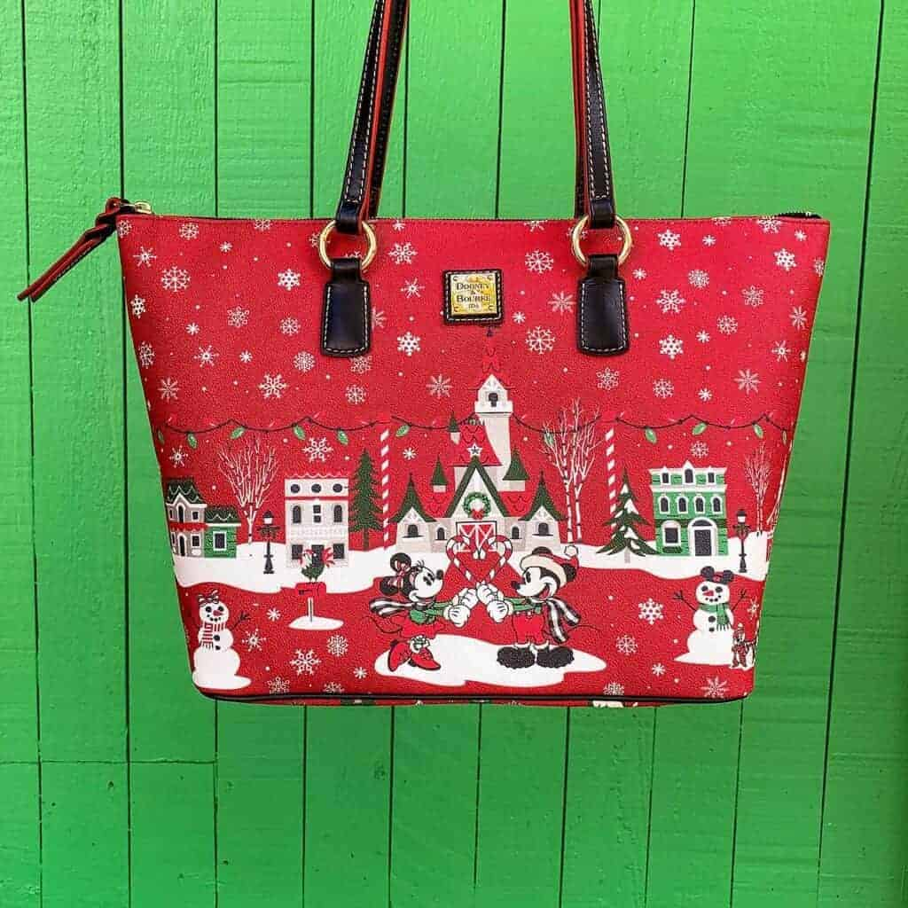 Christmas 2019 Tote against green fence