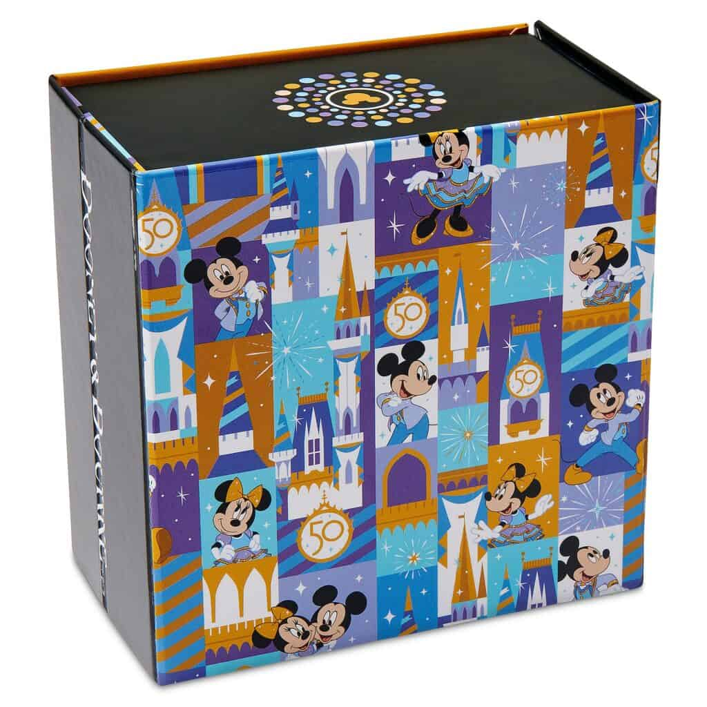 Mickey and Minnie Mouse MagicBand 2 by Dooney & Bourke – Walt Disney World 50th Anniversary – Limited Release (box)
